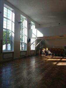 Kaarli kogudus üürib koguduse maja saali